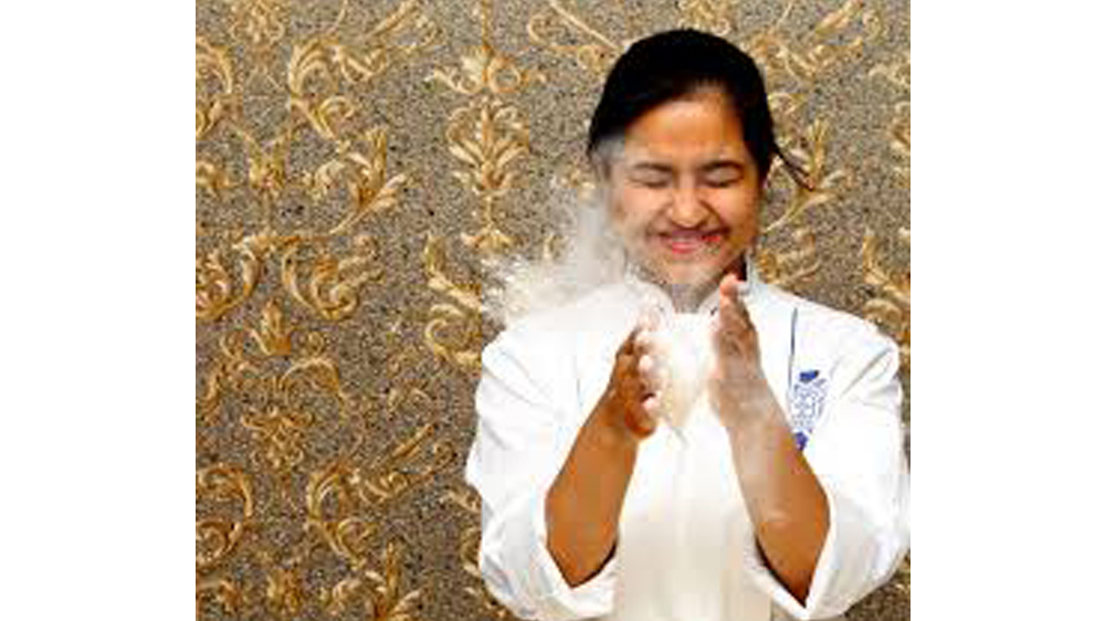 In an exclusive interview with Restaurant India, Chef Vanshika Bhatia, head chef and co-founder, Together at 12th talked about why it is important have zero waste in the kitchen, the challenges that she faces with the supplies and the significance of using local ingredients in the dishes. At the sidelines of the Indian Restaurant Congress 2019 event, she also spoke about the 'Chef's World Tour', which is going to be held in Chicago next year