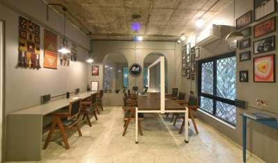 Mauji cafe